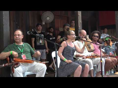 String instrument workshop At the 2017 Rainforest World Music Festival
