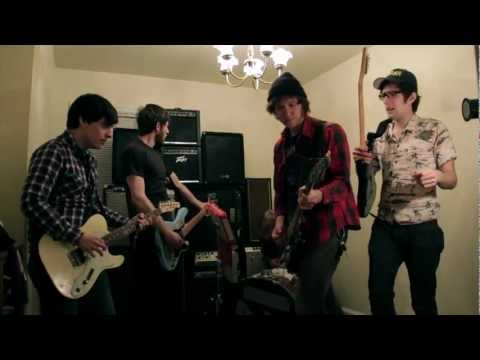 Rozwell Kid - Unmacho (Official Video)