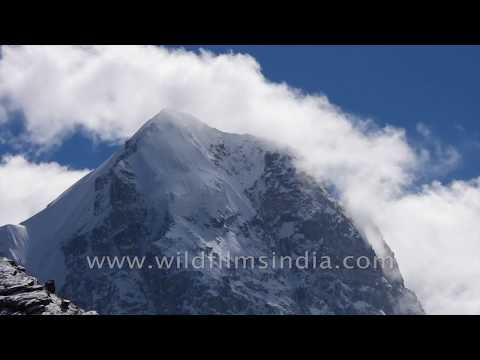 Himalayan winter: Sr