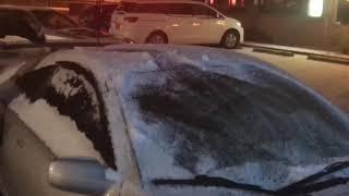 HOW TO CLEAN SNOW OFF YOUR CAR!! BERSIHKAN SALJU YG MENUTUPI MOBIL