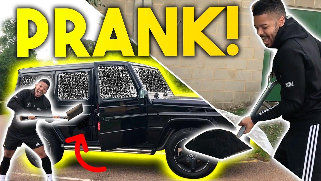 savage-black-bits-in-car-prank-f2-prank-wars