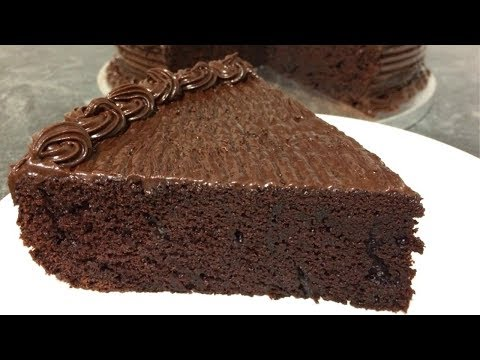 How To Make Chocolate Cake | Moist Chocolate Cake | Chocolate Mud Cake | Readymade Frosting