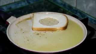 Яйцо в острой чесночной гренке