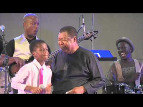 Ron Kenoly in Italy ( Performance with Jonathan )