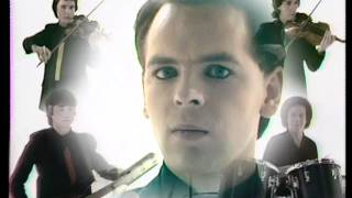 Watch Gary Numan Complex video