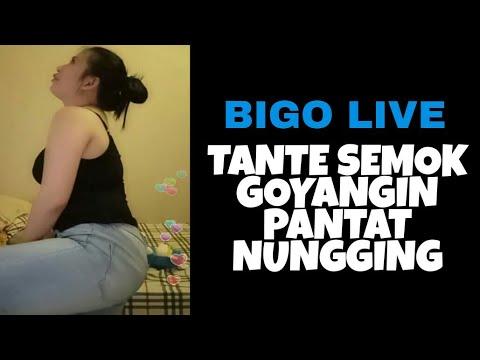 BIGO LIVE, Tante Semok Demplon Bahenol Lagi Goyangin Pantatnya