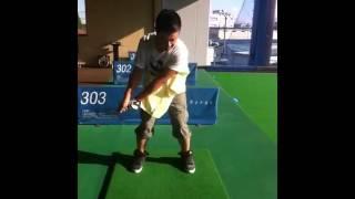 初ゴルフ練習.