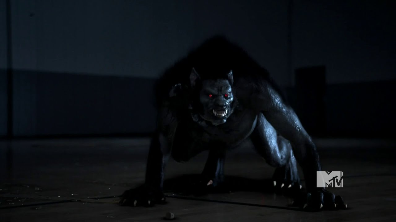 Download Teen Wolf The Alpha Howl on Scott and make him to transformation to werewolf (Season1Episode7)