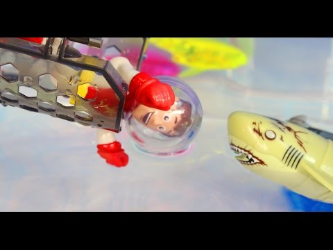Hexbug Aquabot 2.0 The Harbour Claw Grabs Imaginext Toy Story Woody Buzz Lightyear Shark