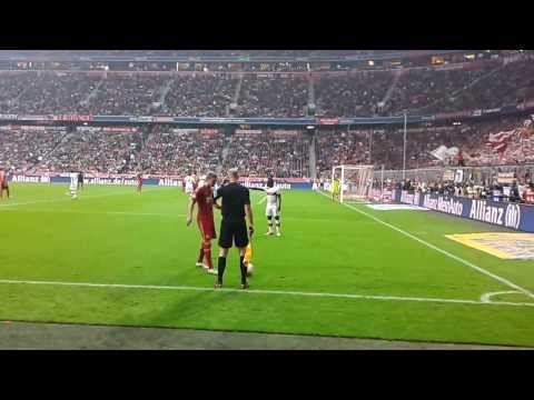 FC Bayern Munchen 6-1 VfB Stuttgart Kroos free kick (voľný kop) 2/9/2012