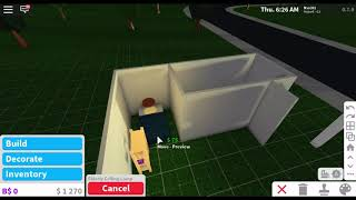 Building a house (It's pretty disgusting but I tried my best) with $5000! (Bloxburg Roblox)