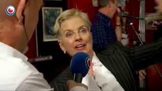 Ellen Foley, interview en optreden yn Noardewyn :-)  Omrop Fryslân