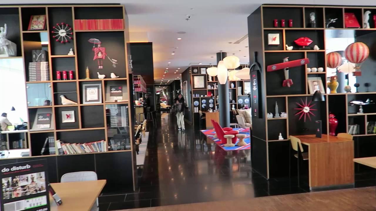my glamorous life birmingham to paris and the citizenm. Black Bedroom Furniture Sets. Home Design Ideas