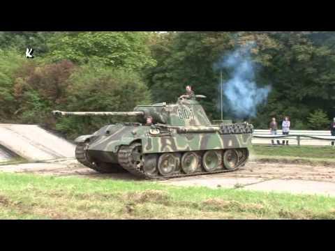 Panzer Panther im Gelände German Tank in Motion 2009 Trier