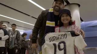 LA Galaxy supporters welcome Juninho at the airport