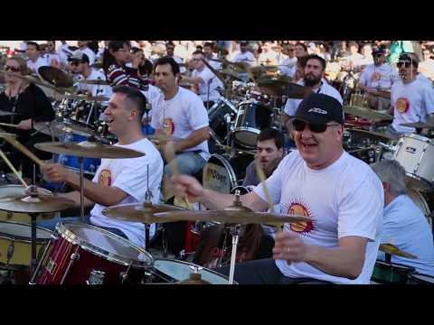 THUNDERSTRUCK Orquestra de Baterias 2018