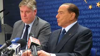 """Berlusconi: """"Rispettato il contratto con gli italiani"""""""