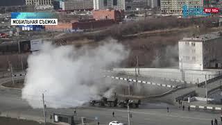Улицы Челябинска обрабатывает военная техника