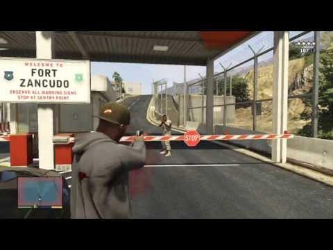 GTA V: Stealing a tank