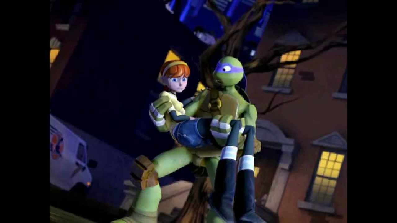 Teenage mutant ninja turtles april hot