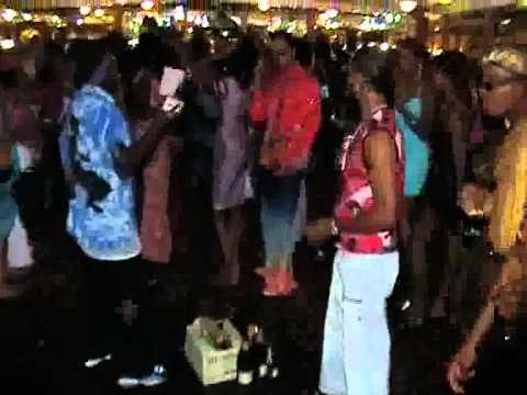 MITCHE BOO BOAT RIDE(pt3of3) JU-CEE VIDEO-02.09 -2001.flv