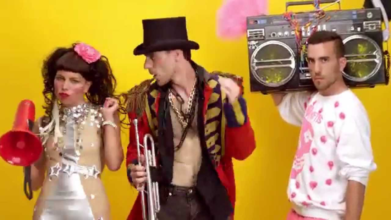 Download Sam and the Womp | Bom Bom (Official Video)