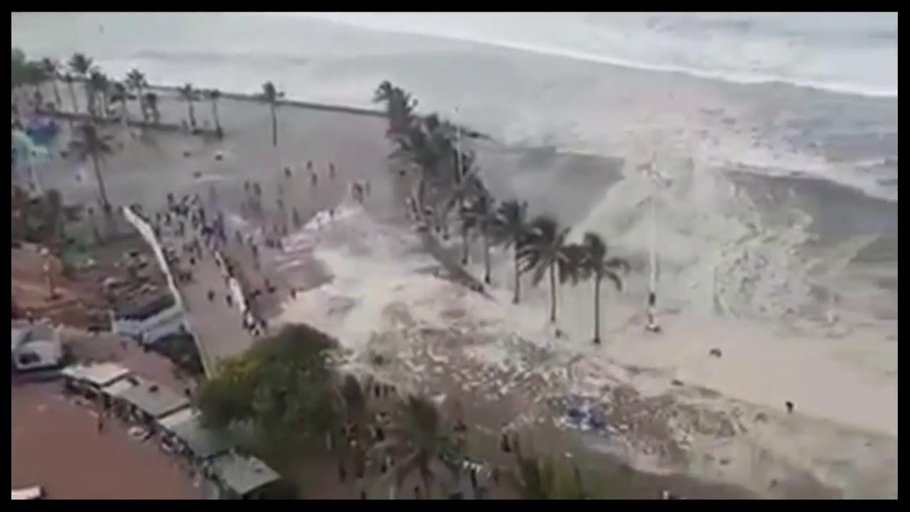 Incredible strong waves / tsunami just hitting South ...