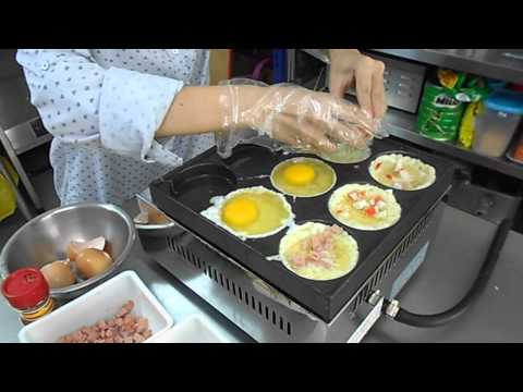 Telur Burger making process
