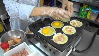 Telur Burger making process
