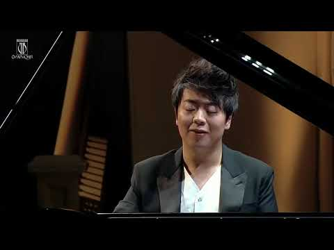 Italian Concerto Lang Lang in Bach F Major plays Moscow Philharmonic Hall on April 7, 2015