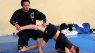 Silat Suffian Bela Diri - Devastating Th...