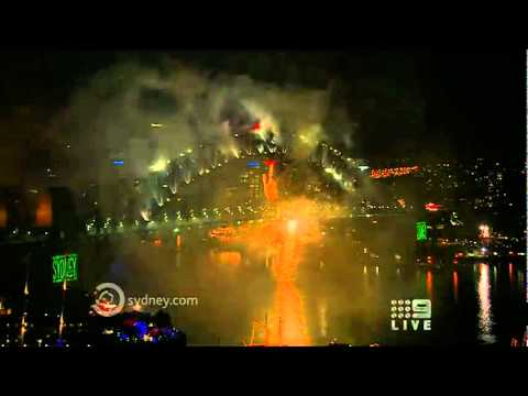 Sydney - New Years Midnight Fireworks 2011 - High Quality