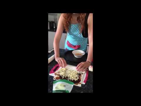 How to make Cheese and Vegemite Scrolls!