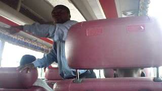 Repeat youtube video FUNNY Ghanaian Pastor Preaching on Kumasi - Accra VIP Bus.  Watch Evangelist Oduro