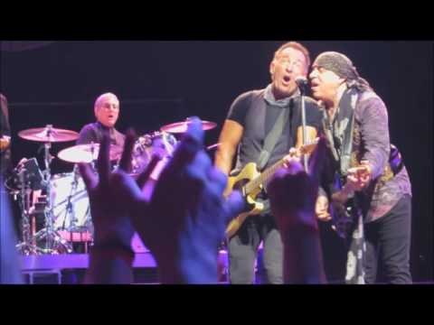"Bruce Springsteen"" Ramrod"" The River Tour@Paris 2016"