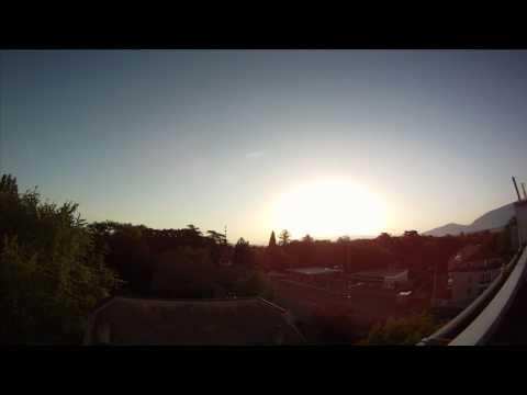 Timelapse GoPro Hero HD - Moon And Sunrise Over Geneva Swiss