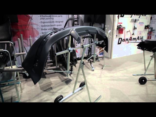 Fast Set-Up of Flexible Part Stands at SEMA 2015