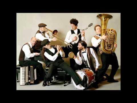 Shirim Klezmer Orchestra - Gnossienne 3 (Satie)