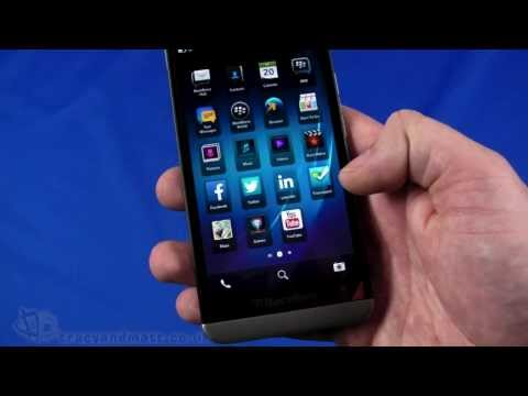 BlackBerry Z30 unboxing and demo video