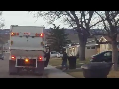 Casper Garbage Goes Above And Beyond To Help Elderly Woman [VIDEO]