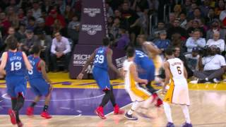 Jeremy Lin No-Looks to Wesley Johnson for the Dunk
