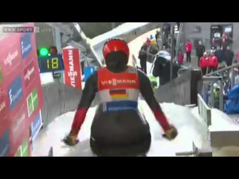 Unbelievable mistake at the start by Geisenberger(GER) in Winterberg WC team relay