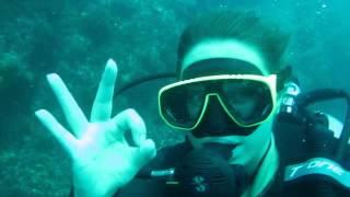Дайвинг для девушек(Шестнадцатилетняя Даша из Владивостока в теплых водах Сиамского залива сдает экзамен на сертификат Open..., 2013-01-03T10:09:17.000Z)