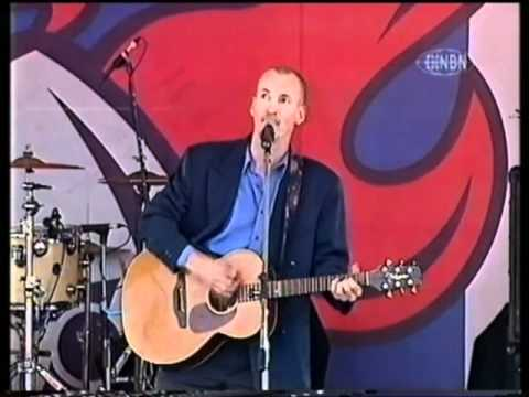 Newcastle The Song Live 2001 - Newcastle Song Daniel Arvidson