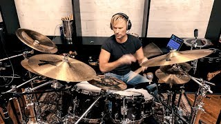 "Brian Tyler Conducting & Drumming the ""Charlie's Angels"" Theme"
