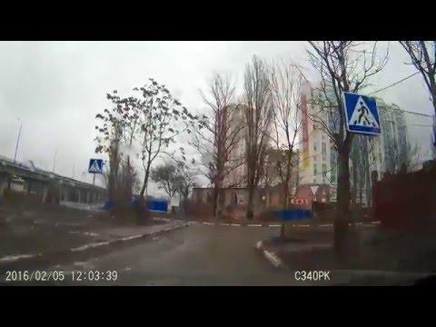 Проезд в ЖК Акварель под запрещающий знак