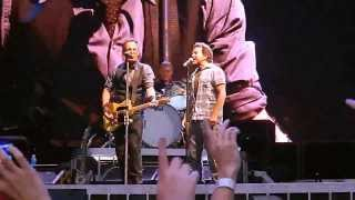 Darkness on the Edge of Town - Bruce Springsteen with Eddie Vedder