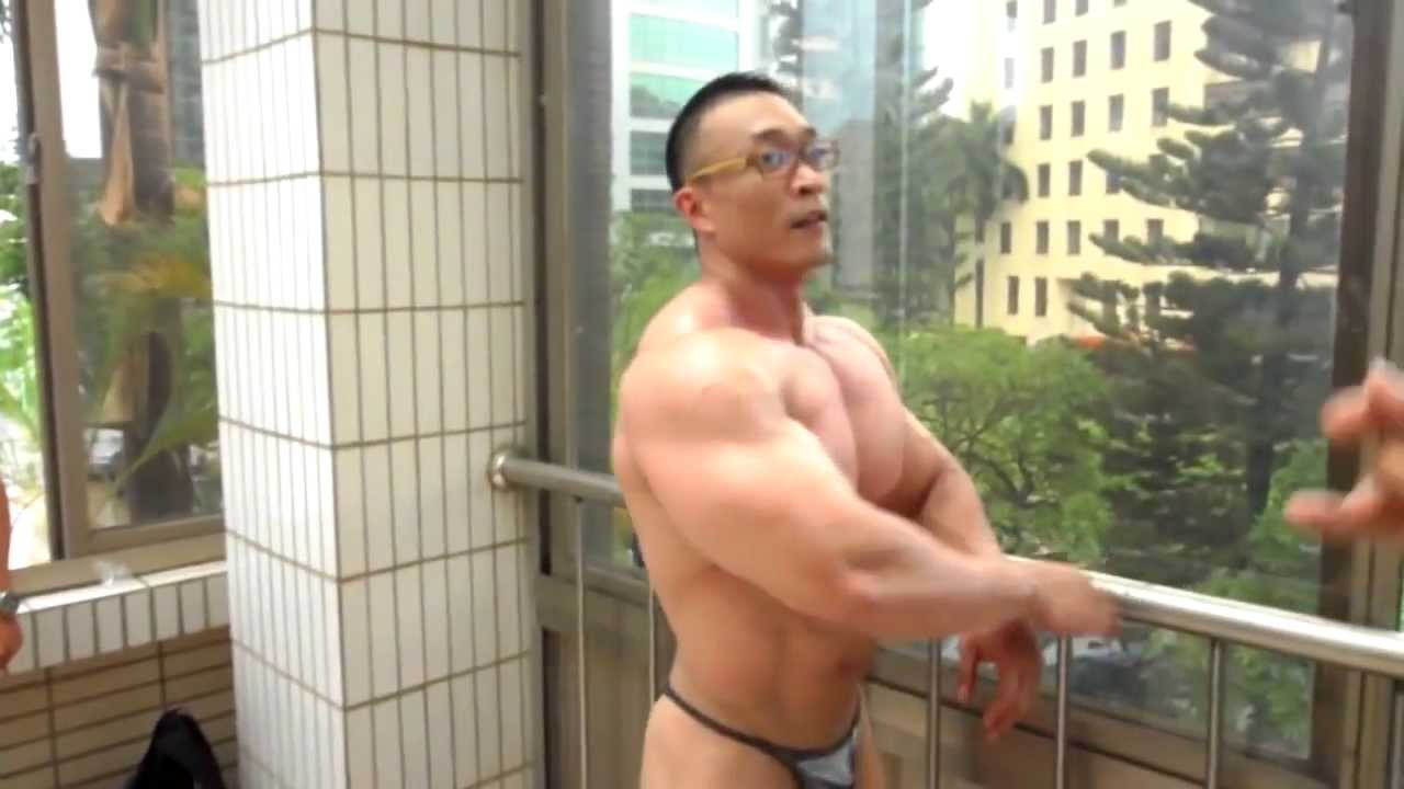 naked hot taiwan man