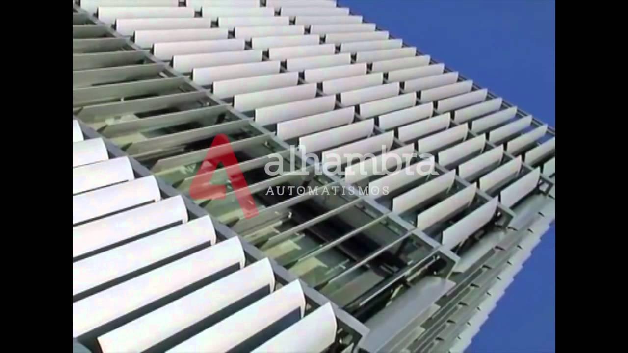Motores para persianas orientables compactos y toldos for Cortina para claraboya de techo