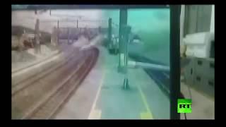 حادث قطار فائق السرعة يخرج عن مساره في تايوان